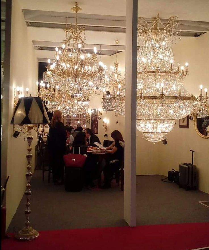 Living light chandeliers in euro luce milano italy 2017