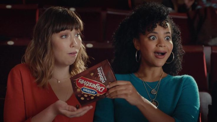 "McVities Nibbles ""Seal"" – 2017 TV Adverts"