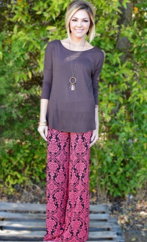 This site has the CUTEST clothes for super cheap! Palazzo pants starting at only $10 and free shipping! http://www.zigzagstripe.com/?Click=20889
