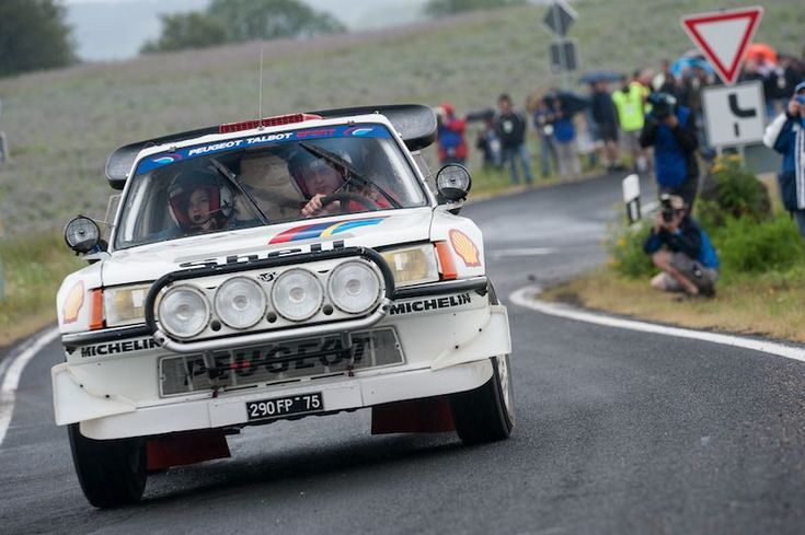 205 T16 at the Eifel Rallye Festival 2012