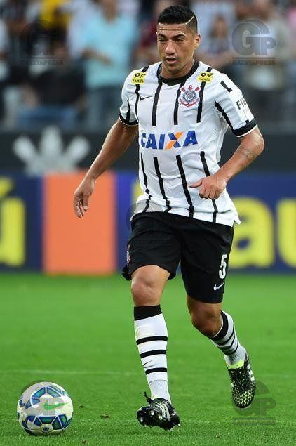 Ralf, jogador do Corinthians, durante partida contra o Internacional-RS, válida pela sétima rodada do Campeonato Brasileiro 2015.