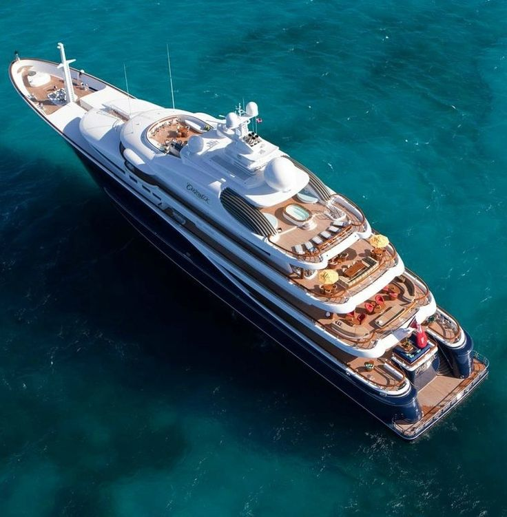 Cakewalk - At 281 feet it is the largest yacht built in the US since 1930.