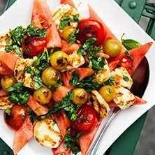 Grillad halloumi med melonsallad - Recept - Tasteline.com