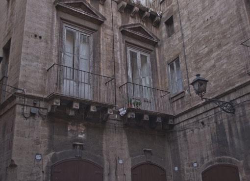 Un altro scorcio di Taranto Vecchia. Alessandro Germano. www.alessandrogermano.eu