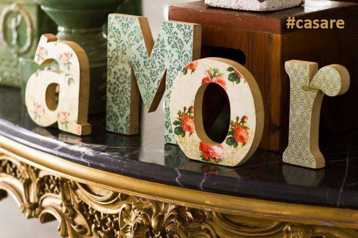 E que tal demonstrar o sentimento mais lindo em forma de letras em mdf? Fazemos a palavra Amor revestida com estampas! E depois da festa, será muito útil na decoração do seu lar doce lar!     Compre pelo site http://www.elo7.com.br/casare/loja