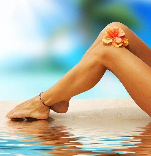 ☀️ НОГИ ПОЛНОСТЬЮ 1500 руб.  Гладкие ножки – мечта каждой девушки. Что только не пробуют женщины на пути к красоте ног: бритвы икремы,механические эпиляторы ивосковые полоски. Однако самый лучший способ получить гладкую и бархатистую кожу по всей длине ног без непривлекательной растительности – шугаринг ❤️ноги полностью на профессиональной кушетке с использованием одноразовых материалов.  ЗаписываемсяWhatsApp/телефон+7-926-400-777-4 Светлана  #шугаринг #shugaring #саха...