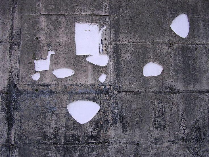 Maria Lai, Ulassai - Muro di contenomento - pastorello con capretta