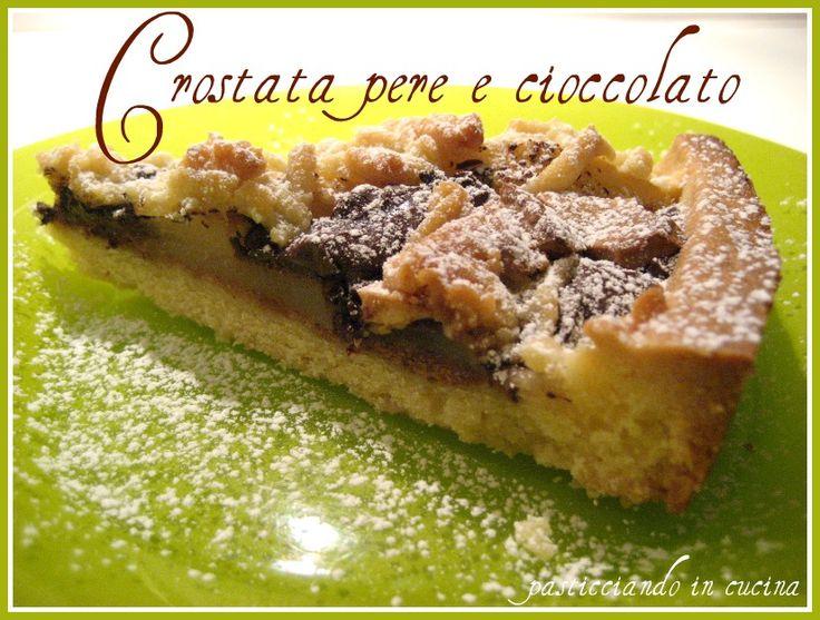 Questa crostata di pere e cioccolato ...è semplicemente deliziosa! La preparazione èfacile e non tr...