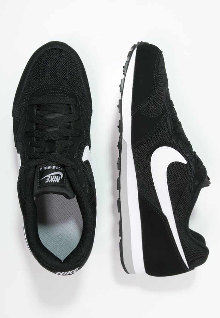 Nike Sportswear MD RUNNER 2 - Trainers - schwarz for £35.00 (28/06/16) with free delivery at Zalando