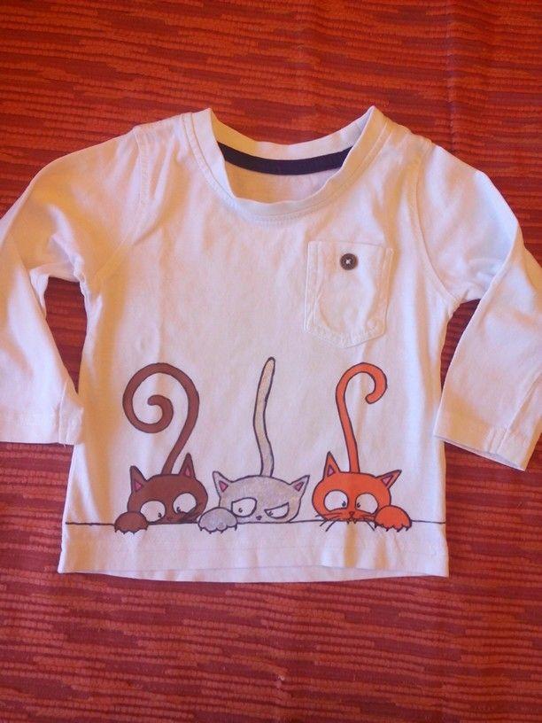 Camiseta pintada a mano Fieltrositas.blogspot.com
