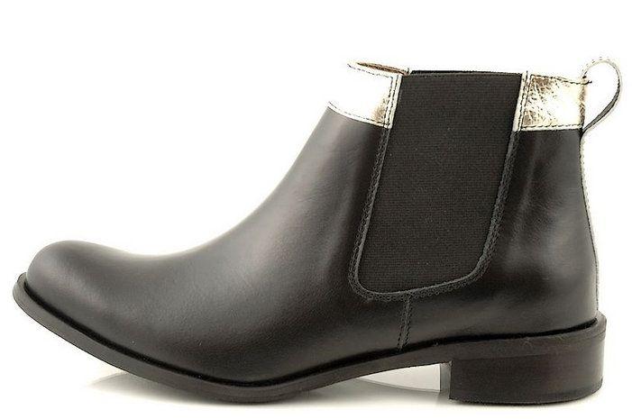 http://zebra-buty.pl/model/4172-sztyblety-damskie-stillo-32001-czarny-zlo-2041-215
