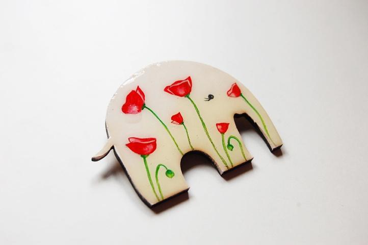 Brosa Poppy Elephant (30 LEI la Mimeme.breslo.ro)