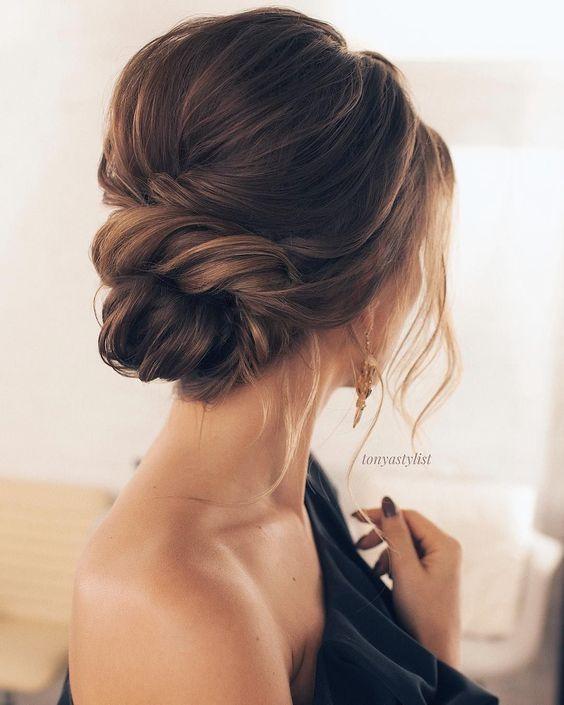 17 Updos tendance et stylish pour des cheveux mi-longs #bridal #mediumlengthhair #p…