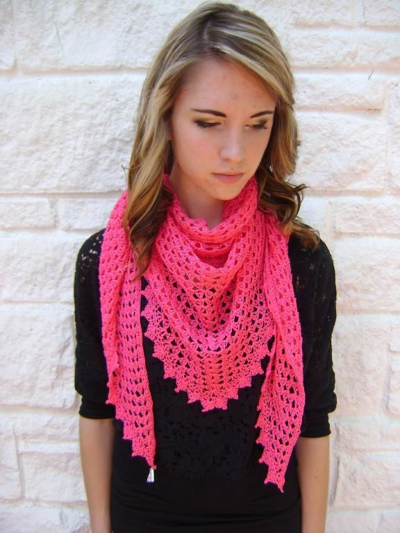 (4) Name: 'Crocheting : Easy Triangle Shawl or Scarf