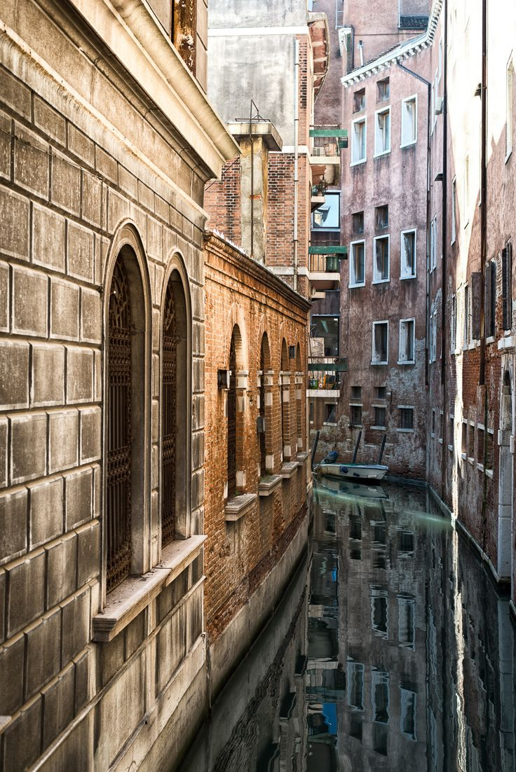 Venice - Italy (by Roman Pfeiffer)