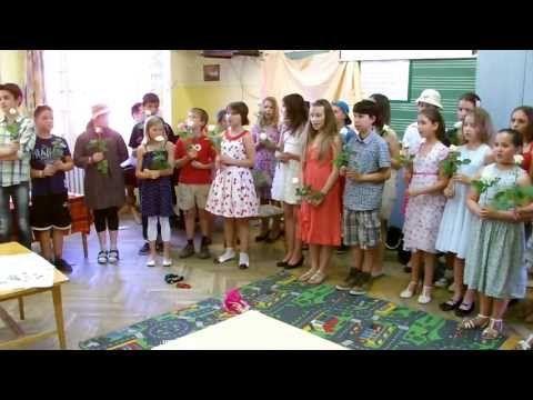 4.C osztály 2013.05.10. Anyák napja SZTE Juhász Gyula Gyakorló Általános Iskola - YouTube