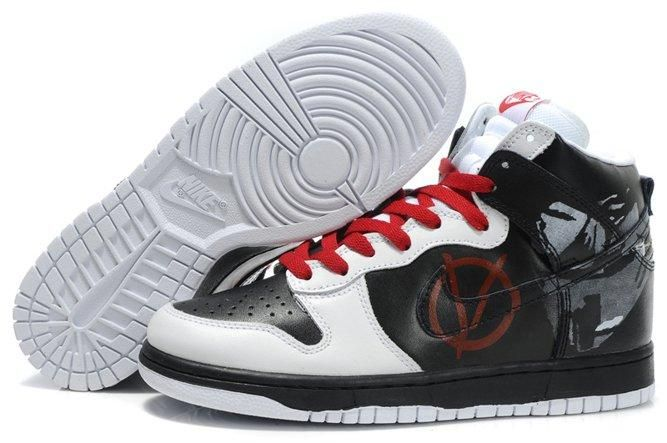 Red Nike Dunks Heroman HellBoy Nikes Shoes HELP!!! WHERE CAN I FIND THESE  IN SIZE 5.5 MEN OR 7 IN WOMEN!!!????? | adorable | Pinterest | Nike dunks