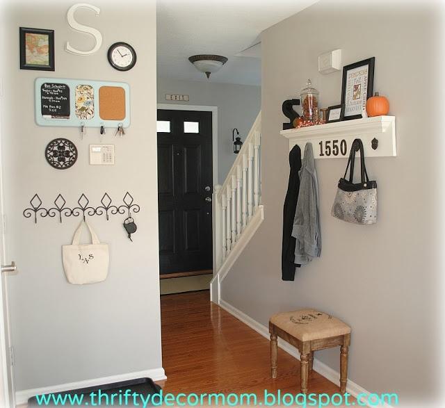 "Thrifty Blogs On Home Decor: Thrifty Decor Mom: House Tour Wall Color: Valspar ""Frappe"