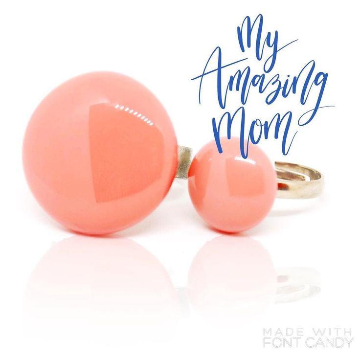 Mother and daughter #ékszer #gyűrű #jewelrydesigner #ring #nyiriandrea #jewelry #mother #motheranddaughter #girl #mitvegyekfel #ootd #ilovemymom