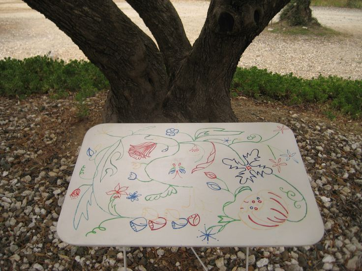 Painting on metal garden table