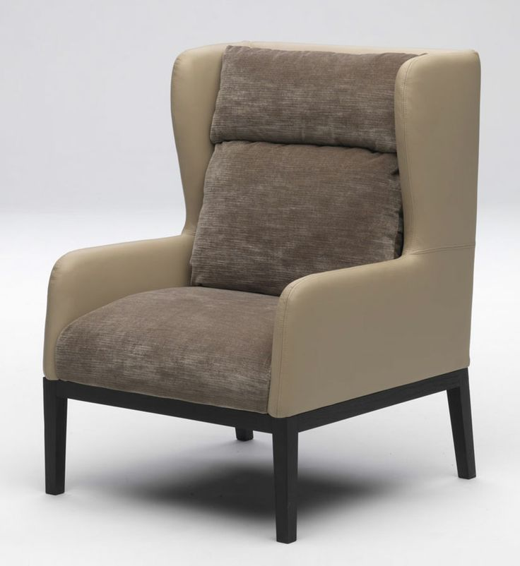 "Rivestita in morbido velluto di lino, mentre lo schienale e i fianchi esterni sono rivestiti in interamente in pelle. La base è in è in faggio tinto rovere cotto scuro. ( Upholstered internally with soft linen velvet, while the outside of the back and sides are covered entirely with leather. The base is made of beech wood painted ""steamed and stained oak"". ) http://www.idfdesign.com/armchair-design-2/mary.htm [ #design #designfurniture #armchair #PaoloCastelli #woodenstructure…"