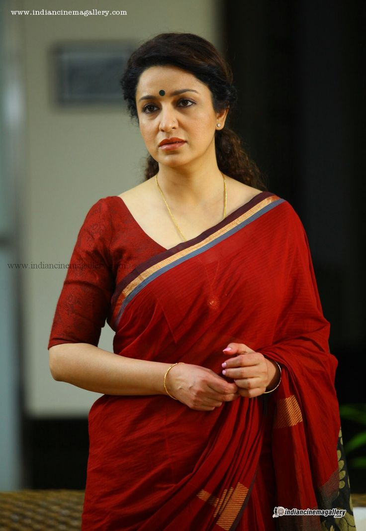 Tisca-Chopra-in-Nirnayakam-movie-(10)