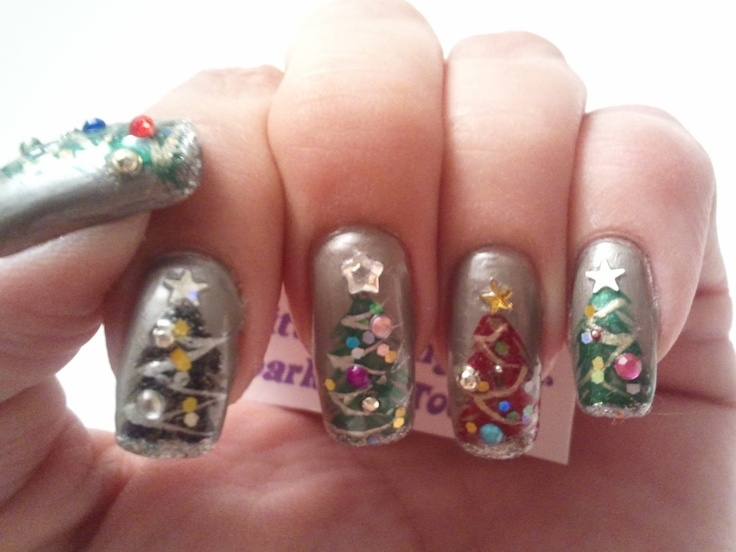 Glittery Fingers & Sparkling Toes: Christmas Trees-12 Days of Christmas