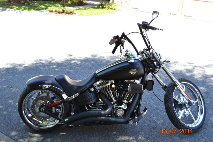 2010 Harley Davidson Rocker C - lower the drag and she's mine.