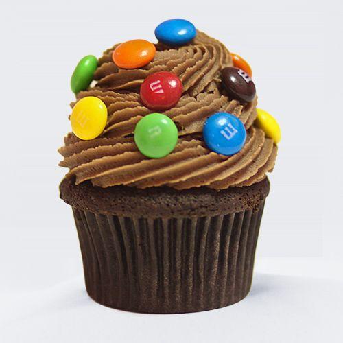 Estos deliciosos cupcakes son muy sencillos de hacer y fáciles de decorar, para una tarde divertida o para dar en un cumpleaños.