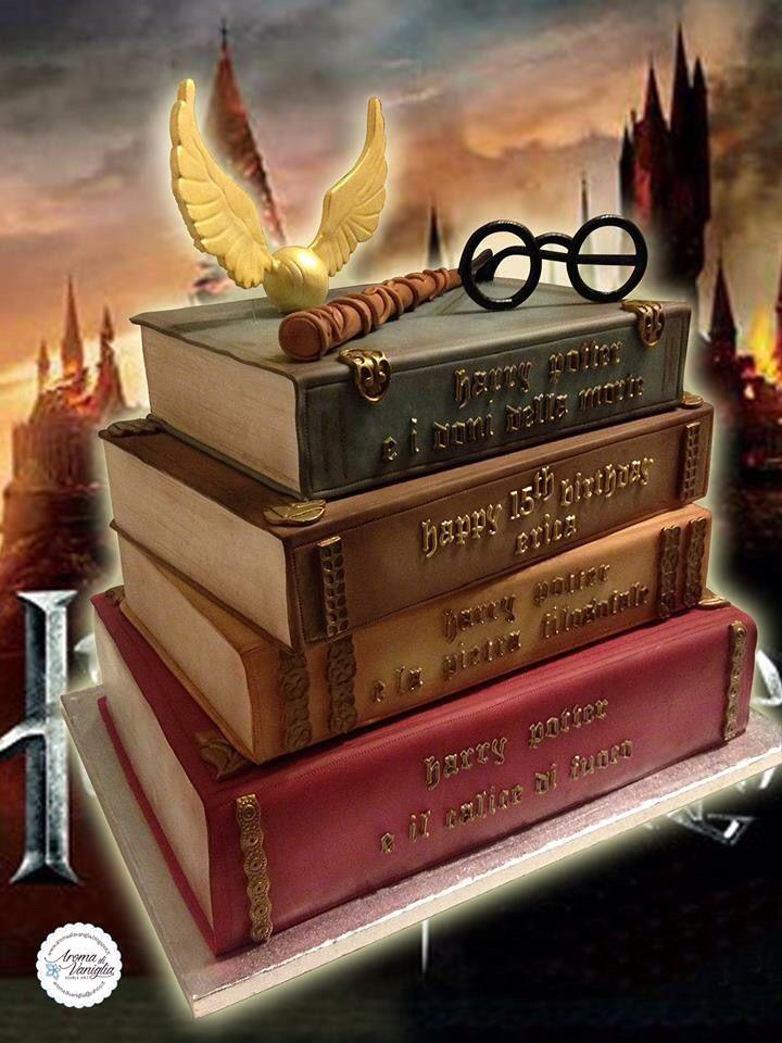 una torta tutta al cioccolato per festeggiare i 15 anni di Erica, patita del maghetto più famoso al mondo...Harry Potter!