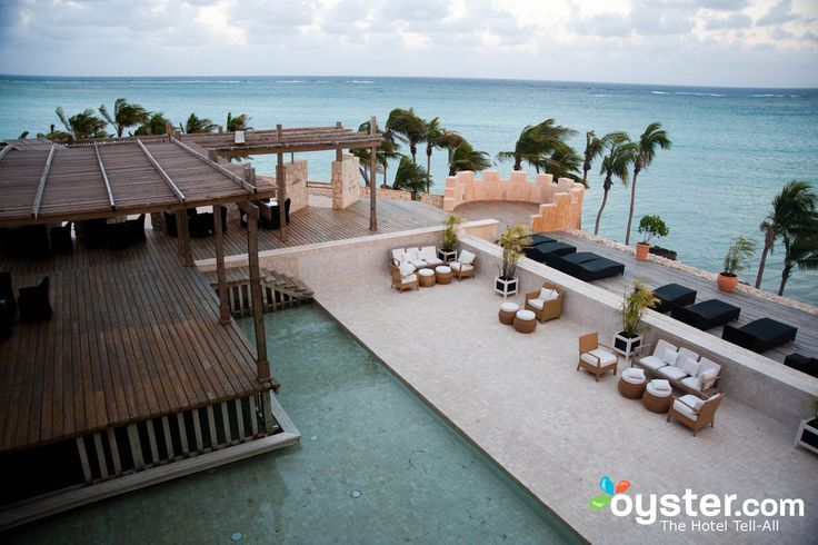 Oyster's team of undercover reviewers spent weeks exploring 82 hotels in the Dominican Republic. We slept in the beds, lounged by the pools, ate in the restaurants, and even sampled the nightlife, all with an eye toward selecting the most distinguished properties. Here's a list of our favorite all-inclusive resorts.