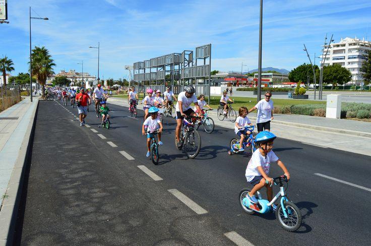 Caravana ciclista Día del Pedal 2015, a su paso por Bulevar San Pedro Alcántara