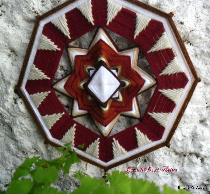 Mandala de lã 30cm, 8 pontas.
