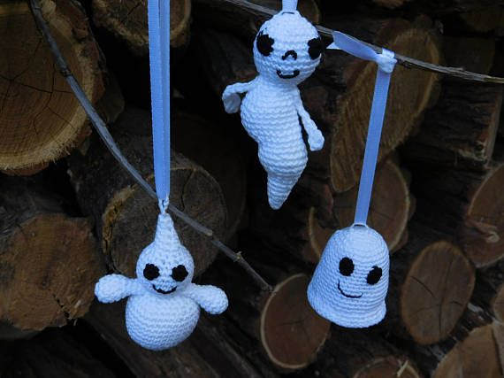 Ready to ship! Set of 3.  This cute set of three amigurumi crochet ghosts will make a truly unique interior decor item to set up your house for Halloween. Or it can be a wonderful gift for the baby. Your baby will get so much joy from the sensations, sounds and visual delights these toys give. The ghosts are crocheted from 100% of cotton yarn and stuffed with hypoallergenic polyester fiber, inside there is a container with beads.Their very easy to grip, they thunders, if you shake. Toys can…