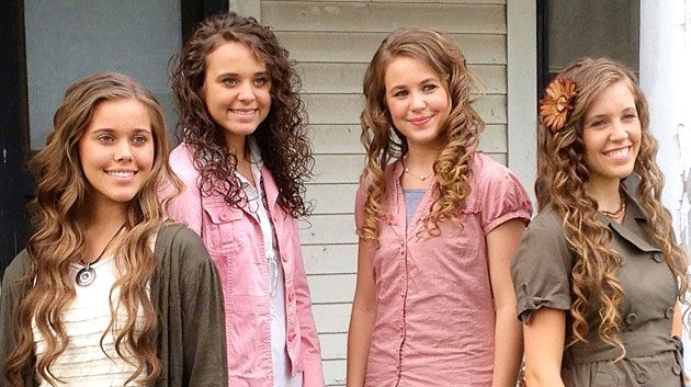 Michelle Duggar on Teaching Young Adults about Modesty.  The Duggar family's example of morals and modesty strongly testify of Jesus' peace to those who have chosen Him.