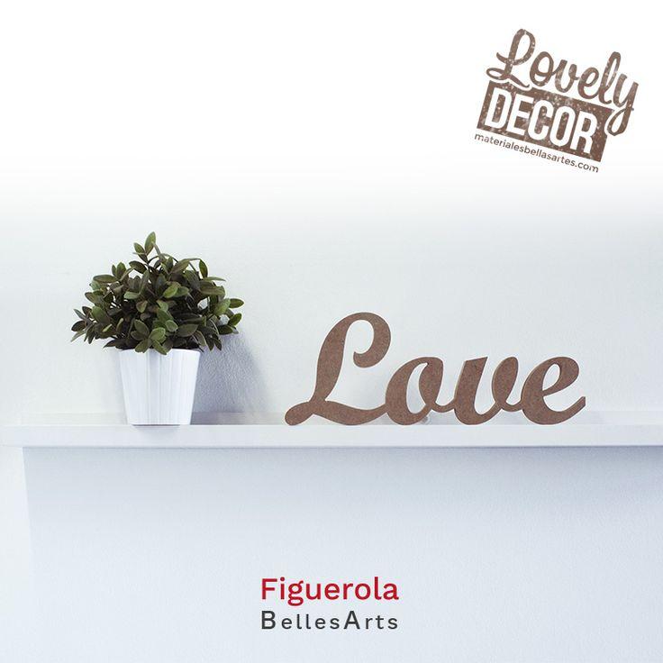 """""""Love"""" de madera para decorar tu hogar."""