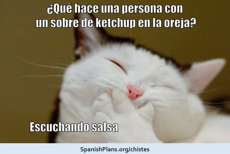 Listening to salsa music chiste from SpanishPlans.org