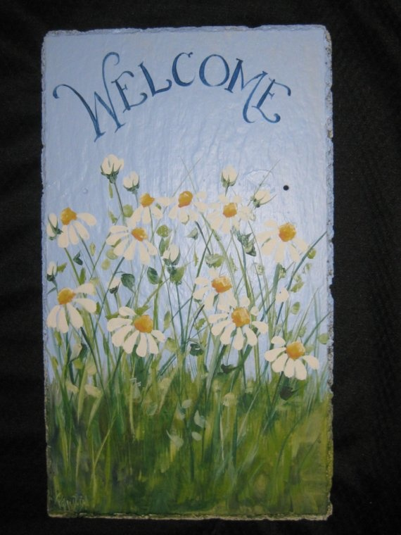 Hand painted Slate Plaque with Daisies