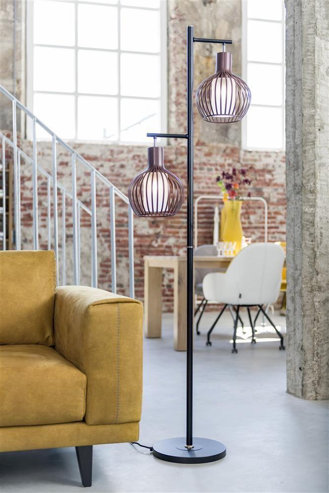 Robby Vloerlamp is verkrijgbaar bij Korver Living in Sliedrecht  #robby #vloerlamp #hendersandhazel #interieur #accessoires