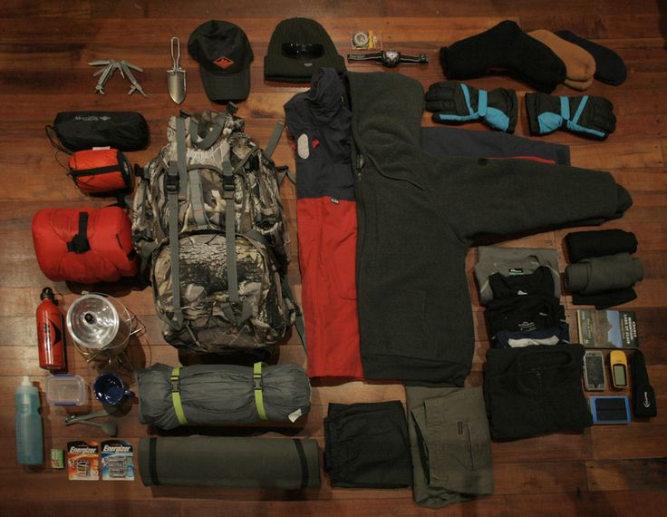 HIS HIKING PACKING LIST - THE OVERLAND TRACK - The Roamer Post