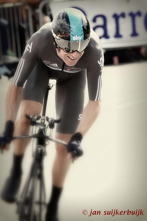Bradley Wiggins tijdens de proloog  van de Tour de France in Luik, 2012