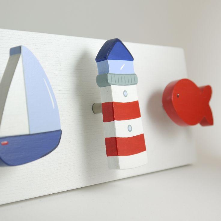 Maritime Möbelknöpfe - Ob Segelboot, Leuchtturm oder Fisch, mit diesen maritimen Möbelknöpfen wird jede Kommode zum echten Hingucker ... und das nicht nur im Kinderzimmer.
