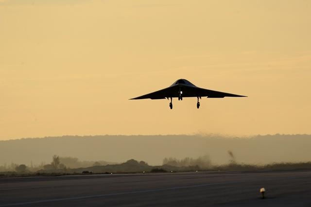 Le mamouth: Premières photos du #Dassault #Neuron en vol #UCAV