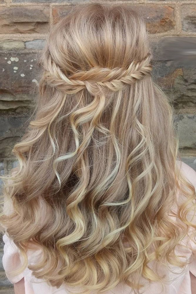 Best 25 Flower girl hairstyles ideas on Pinterest  Girl hair Communion hairstyles and Updos