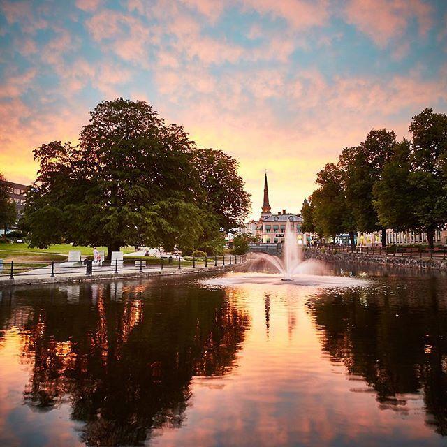 Augustikväll i Västerås #bästerås #västeråscity #västerås #svartån #högupplöstkärlek