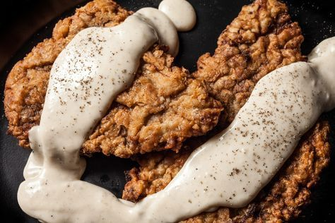 A classic recipe for chicken fried steak with cream gravy.
