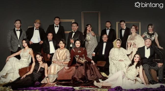 Sejak awal berdirinya, 18 Maret 2015 lalu, Bintang.com memang memilih cara penyajian yang berbeda dari media sejenis. Kami hadir dengan warna baru di industri media digital khususnya hiburan. Tak hanya cepat, kami juga memilih dimensi pemberitaaan yang dalam, lengkap, dan akurat dalam menyajikan berita. Terima kasih untuk seluruh pembaca setia Bintang.com.  #Bintang3Generasi #1TahunBintang #Bintang #Indonesia