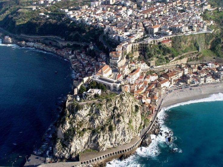 Stretto di Messina, Italy