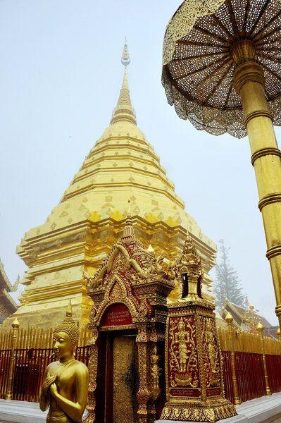 'Wat Phratat Doi Suthep' the beautiful temple in Chiang Mai, Thailand