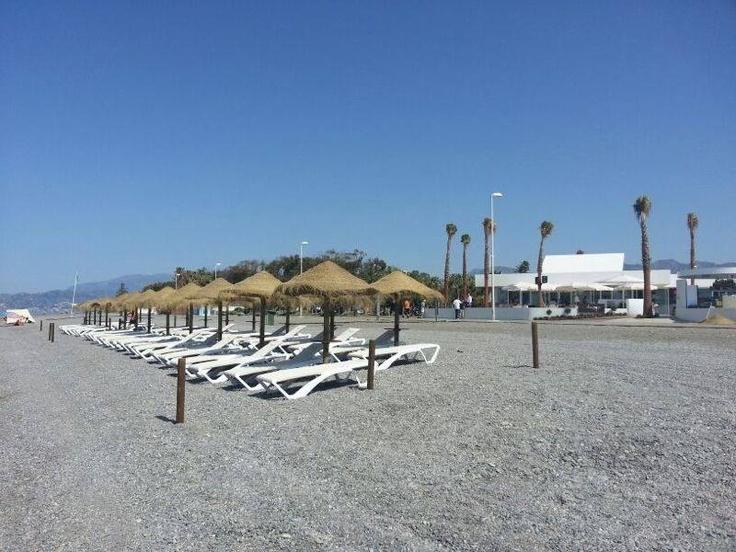 Relájate en Oleaje Playa Granada